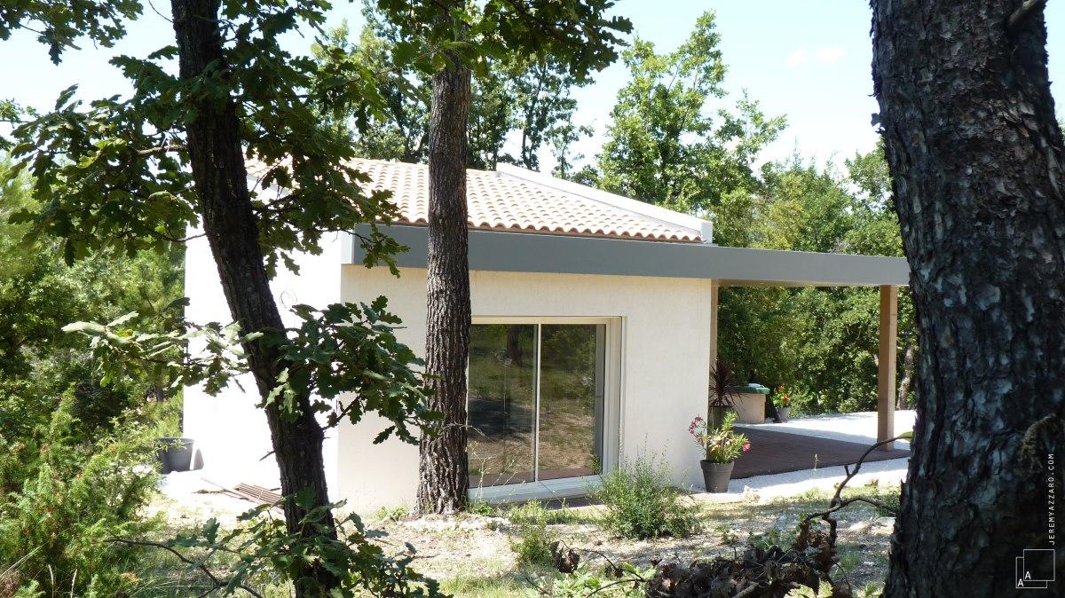 cabanon-contemporaine-provence-pavillon-architecte-azzaro