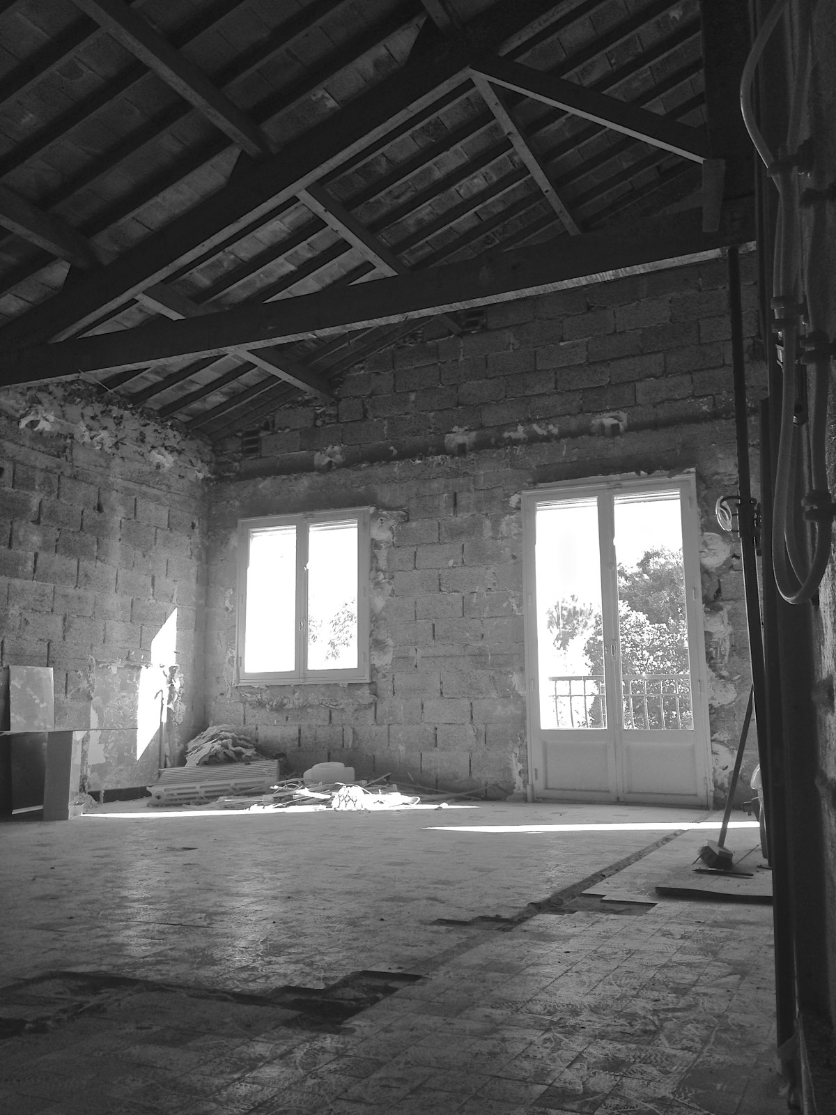 chantier-transformation-maison-charpente-individuelle-marseille-azzaro-architecte