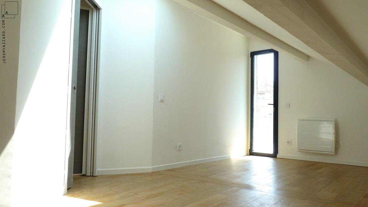 extension-contemporaine-villa-marseille--aménagement-combles-chambre-terrasse-jeremy-azzaro-architecte