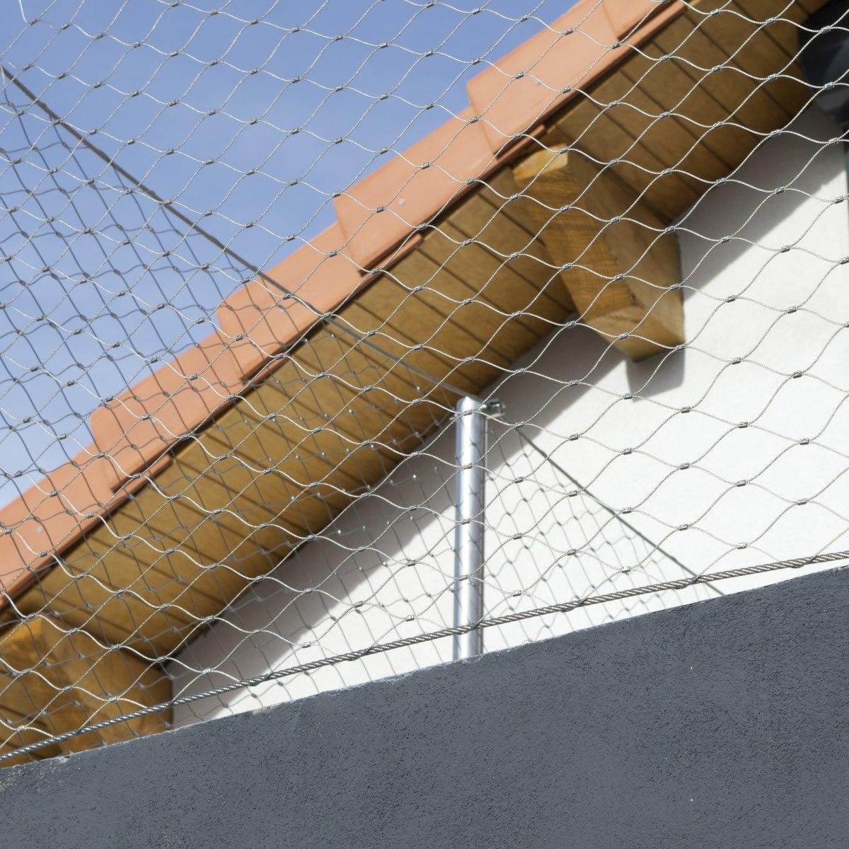 extension-contemporaine-villa-marseille-teintes-materiaux-terre-beton-acier-jeremy-azzaro-architecte