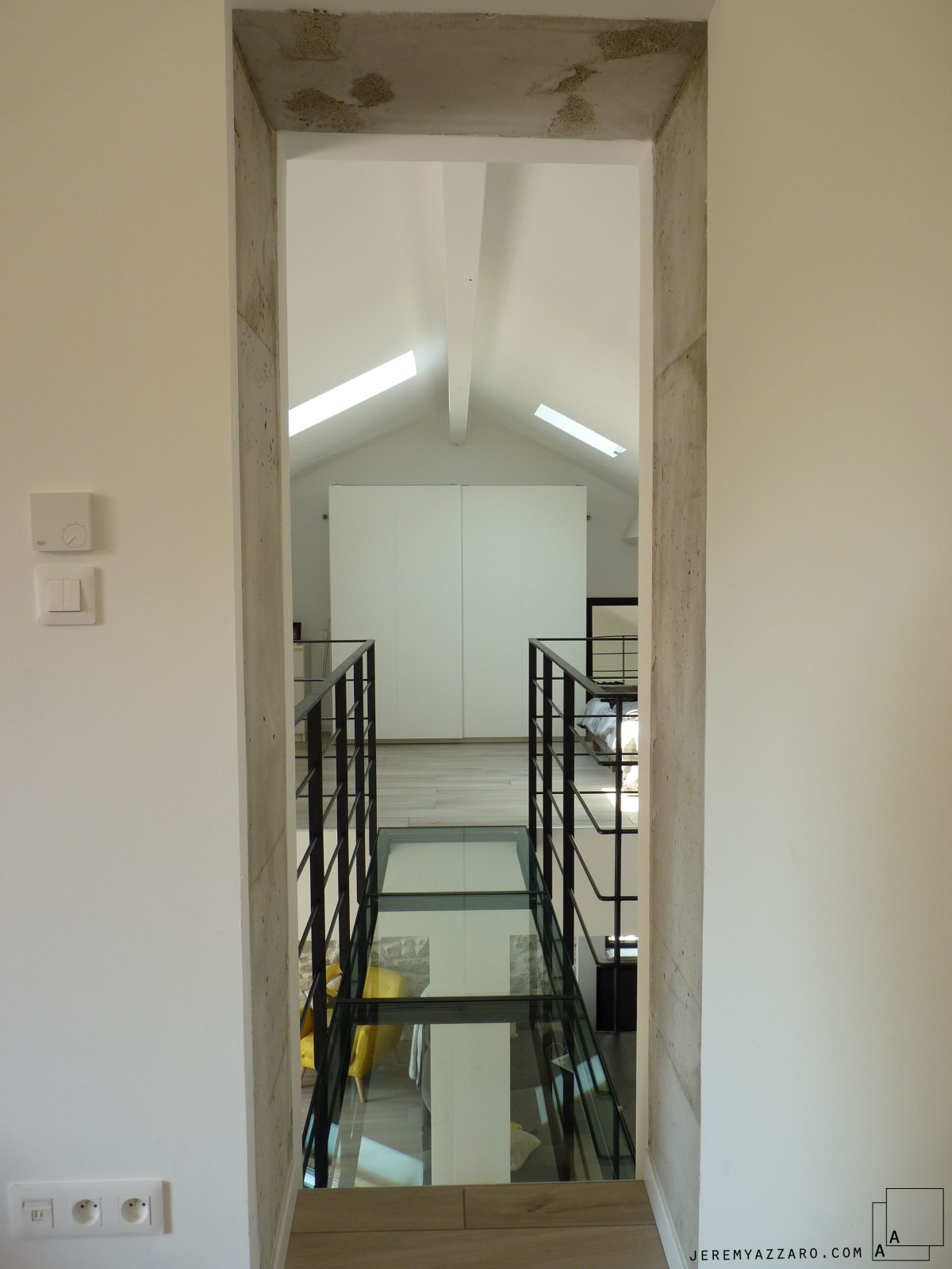passerelle-verre-acier-renovation-marseille-azzaro-architecte