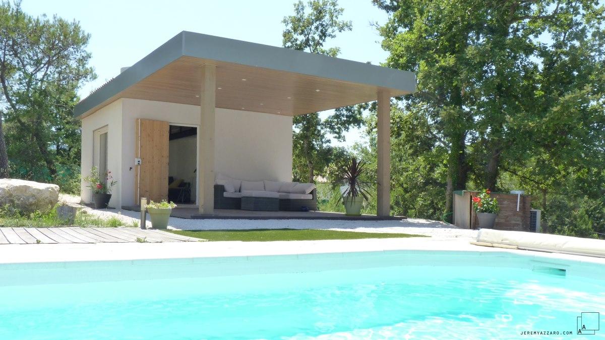 pool-house-pergola-contemporaine-piscine-dependance-azzaro-architecte