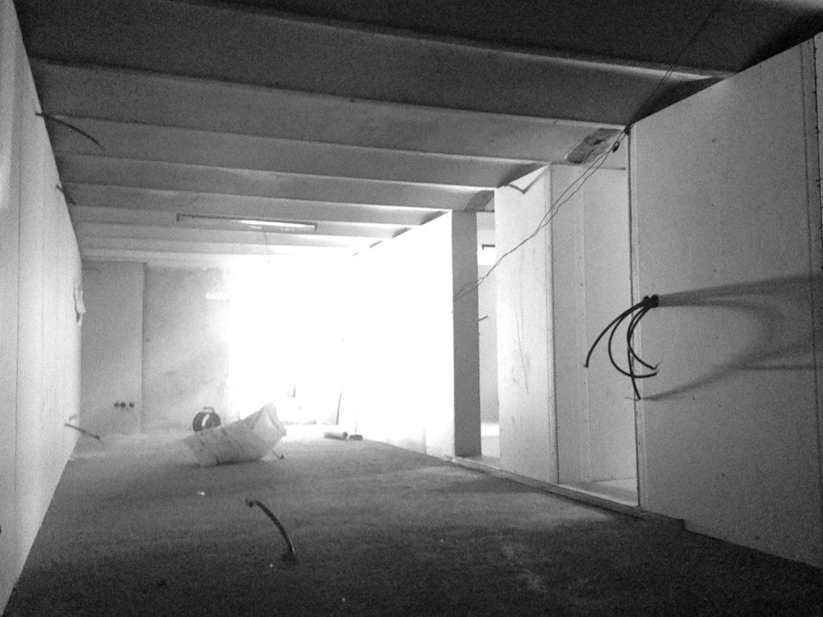 renovation-loft-cave-jardin-marseille-chantier-doublage-jeremy-azzaro-architecte