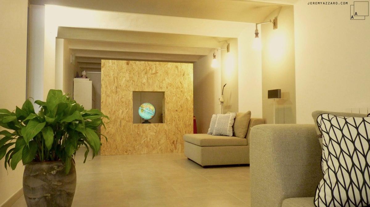 renovation-loft-cave-marseille-voutes-salon-osb-jeremy-azzaro-architecte