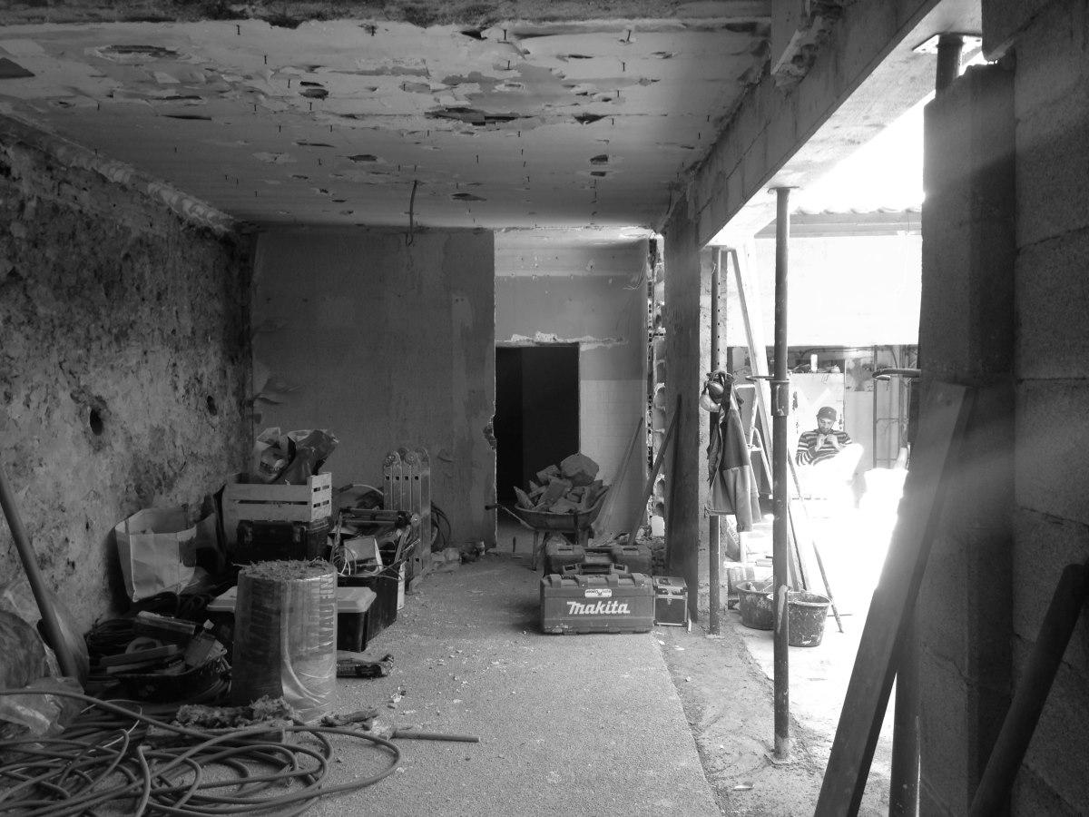 renovation-loft-cave-terrasse-marseille-chantier-percement-baie-jeremy-azzaro-architecte