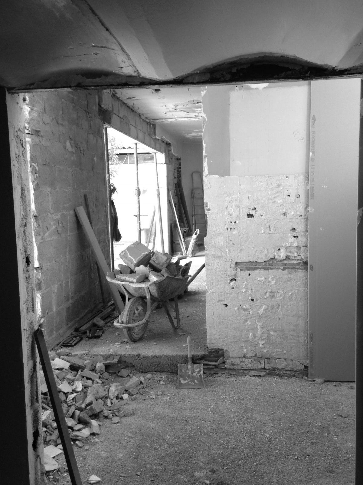 renovation-loft-cave-voutes-marseille-chantier-demolition-jeremy-azzaro-architecte