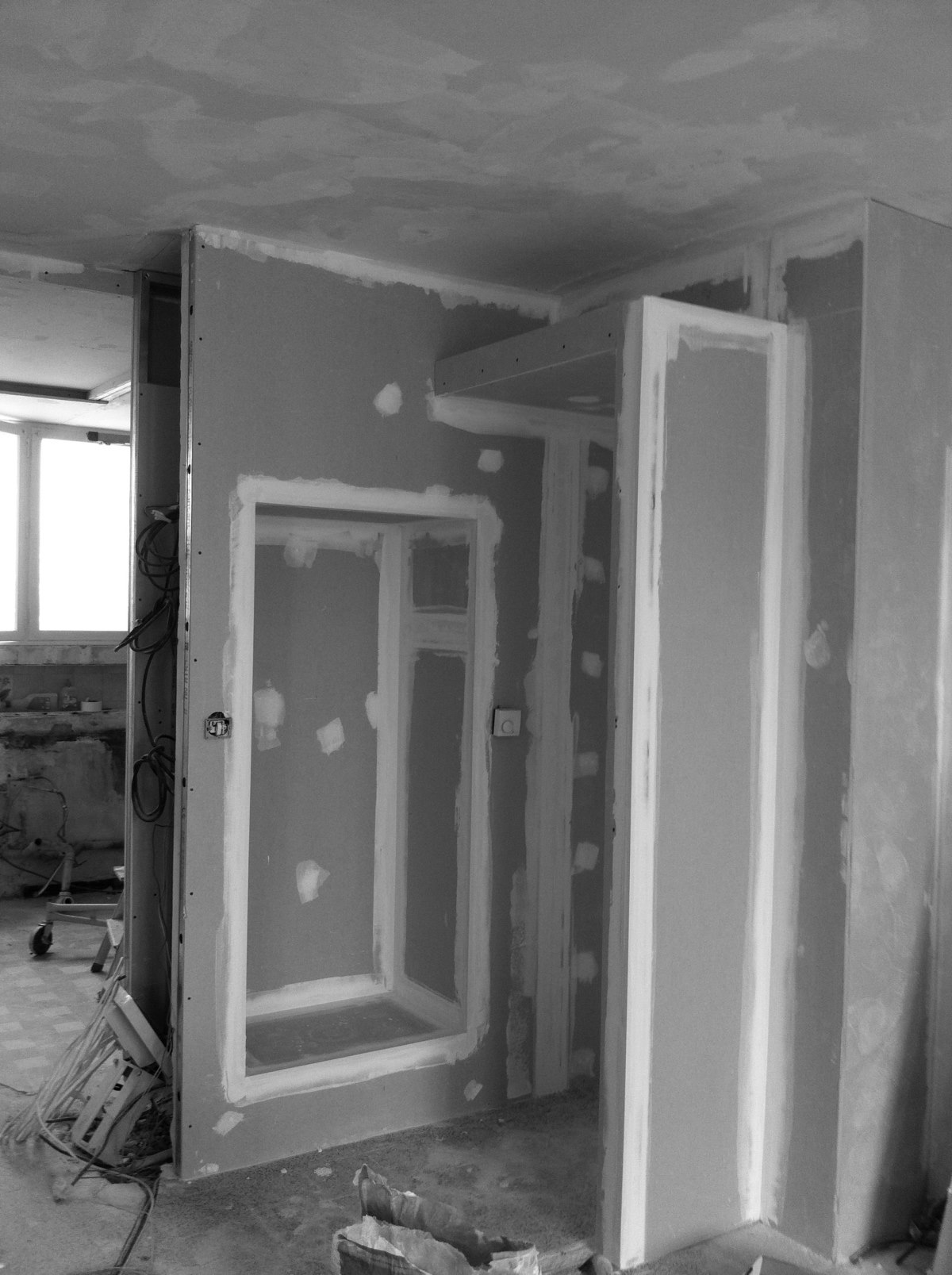 renovation-reamenagement-appartement-marseille-chantier-placo-jeremy-azzaro-architecte